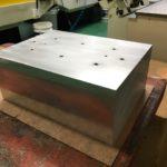 大きな金属切削5軸加工!